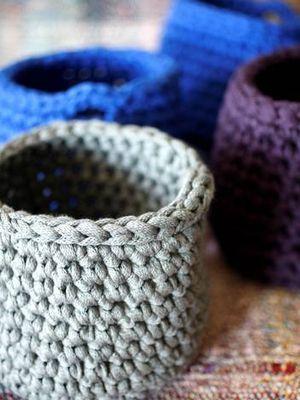 Virkattu sisustuskori Novita Tuubi | Novita knits