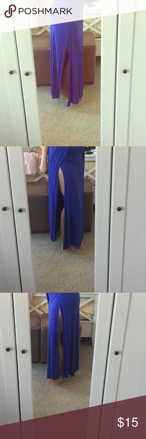 NWOT royal blue maxi skirt with two slits! Brand new, never worn royal blue maxi skirts with two slits in it! Perfect for a night out, unfortunately it does not fit me. Go Jane Skirts Maxi