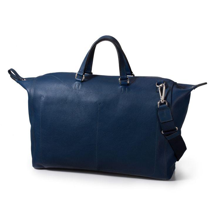 ALISEI/IDRIS SFODERATO | ダニエル&ボブ(Daniel&Bob)公式通販 - JACKET REQUIRED     ジップポケットをはじめ3つのポケット付き。    02カラーのブルー。    01カラーのビアンコ。品のある色です。    余計な装飾が付かないすっきりとしたデザイン。    マチ幅はあまり広くない分、取り回しやすくなっています。    ジップポケットをはじめ3つのポケット付き。    02カラーのブルー。  PrevNext  商品番号:888-689  ダニエル&ボブDaniel&Bob  ALISEI/IDRIS SFODERATO  ¥93,960(税込)  「出張や小旅行にも使いやすいサイズ」  クロドーロサックやジャスミンなど、数々の人気バッグを世に送り出してきた〈ダニエル&ボブ〉から、新レザー「IDRIS…