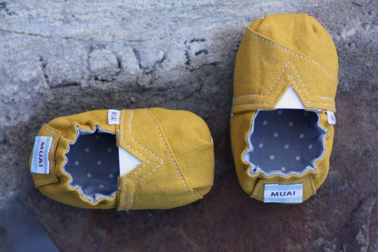 TOMS-inspired Baby and Toddler Shoes - Free Pattern and Tutorial... @ Nicole we should make these on our sewing machines.