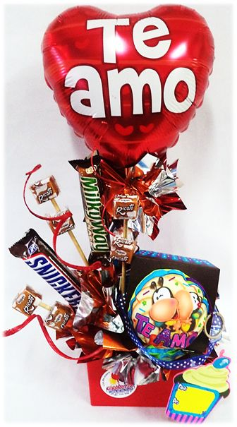 Diferentes estilos de Arreglos con Globos Metalizados combinación Chocolates o Peluches de Amor!!