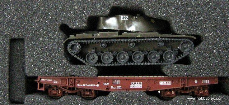 ROCO # 67811 - HEAVY DUTY FLAT WAGON, LOADED. RENFE - Click Image to Close