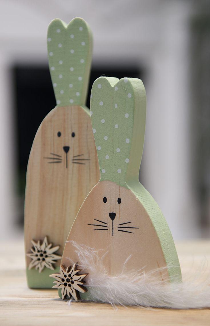 Osterhase aus Holz als Paar veredelt