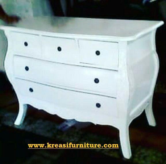 Baby Taffel Duco Model Klasik merupakan baby taffel dengan desain minimalis modern dengan balutan finishing duco putih yang membuat furniture ini mewah