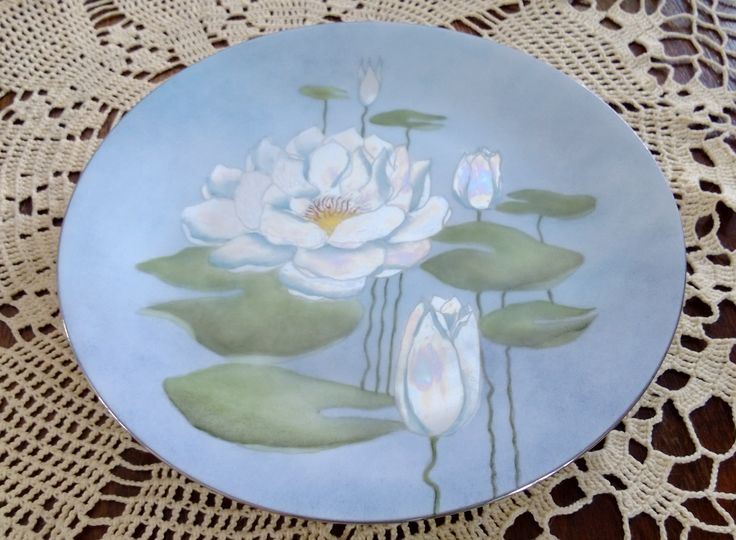 Porcelain painting ; water lily