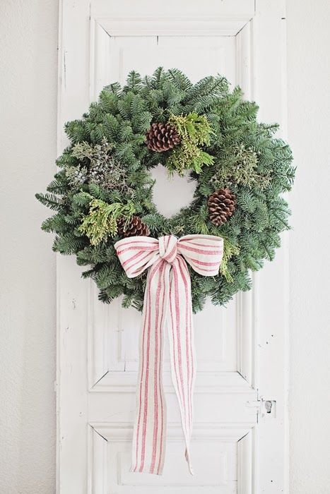 40 Diy Christmas Wreath Ideas To Deck Out Your Door