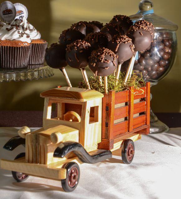 Autos vintage Birthday Party Ideas   Photo 1 of 21