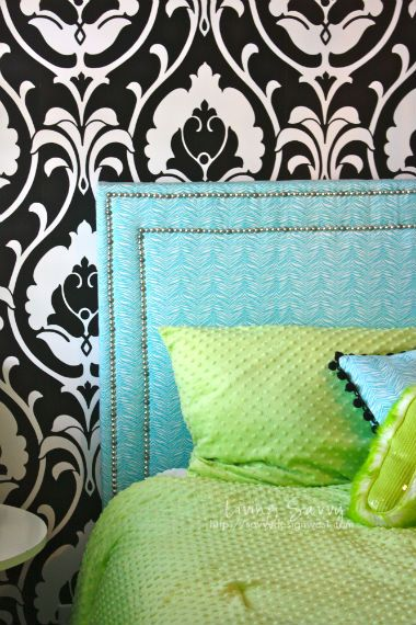Living Savvy: Sweet Pre-Teen Headboard