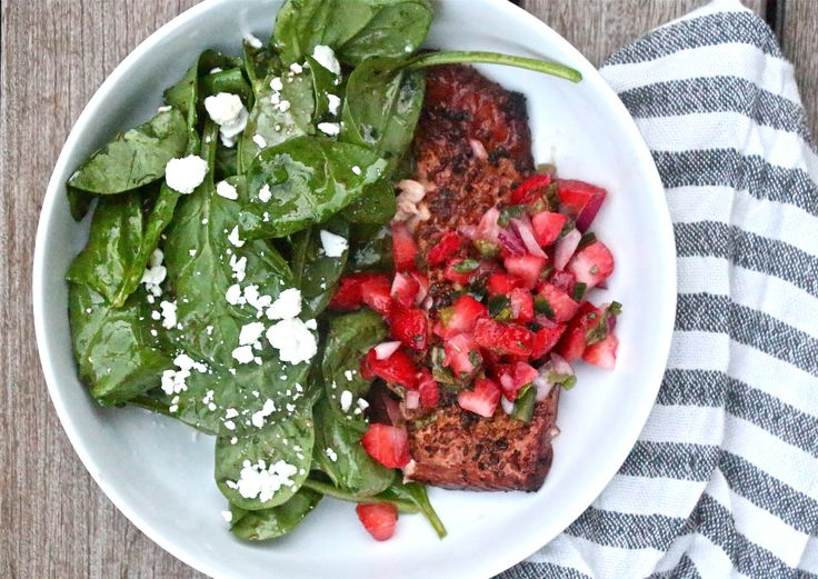 Grilled Salmon Salad with Strawberry-Jalapeno Salsa