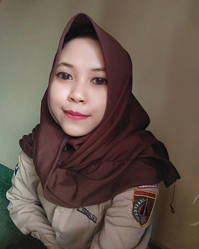 Bangun Sahur Aja Blom Bisa Apalagi Bangun Rumah Tangga Gaya Hijab Jilbab Cantik Gaya