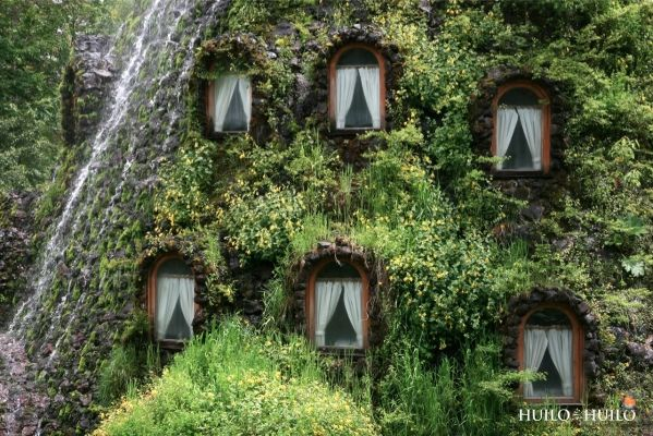 The Strangest Hotels on Earth - Likes