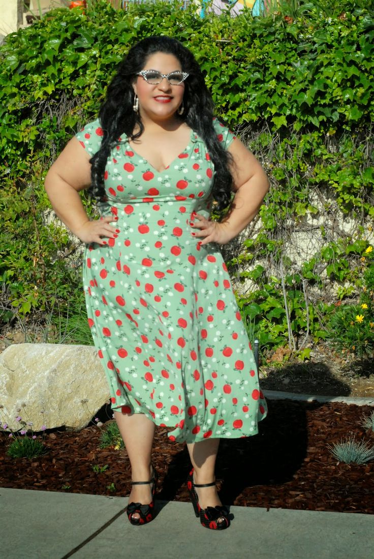 Cute Dress, But Id Like It Shorter Lol  Plus Size -1115