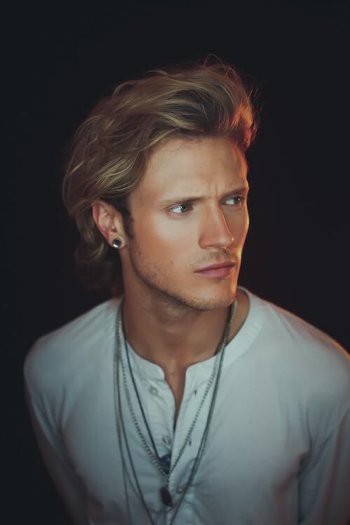 Dougie, by Tom Leishman - Twitter / Team_Judd_McFly