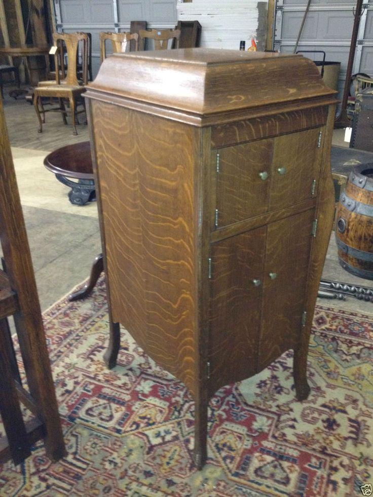 1915 Rca Victor Victrola Tiger Stripe Oak Model Vvx With