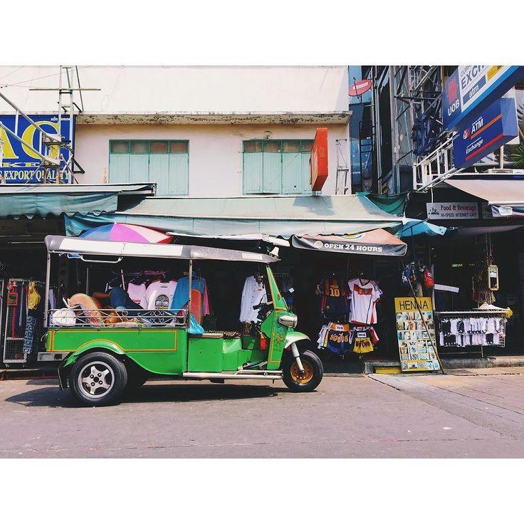 #カオサンロード#カオサン通り#khaosanroad#タイ#タイ王国#Thailand#バンコク#Bangkok#旅#一人旅#トラベル#travel#バックパッカー#backpacker#tuktuk#トゥクトゥク by tk_photo1978