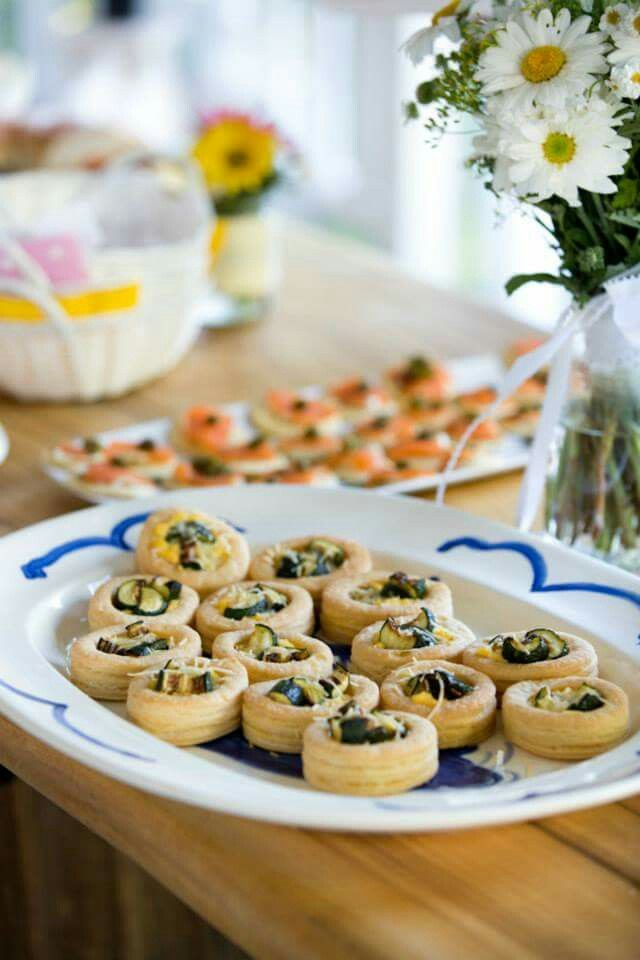 Picnic Wedding  food: Vegetarian  Vol au Vents