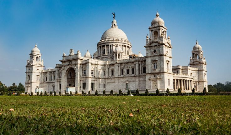Looking For Cheap flights to Kolkata from Dubai ?  Kolkata, India Netaji Subhas Chandra Bose Airport  : Netaji Subhas Chandra Bose International Airport is an international airport located in Kolkata, West Bengal, India, serving the Kolkata metropolitan area. It is located approximately 17 km from the city center.