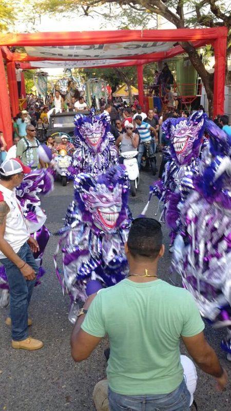Los Bufones, Carnaval Vegano 2013