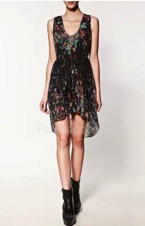 Risultato della ricerca immagini di Google per http://www.purseandco.com/wp-content/uploads/2012/01/Zara-abbigliamento-catalogo-primavera-estate-2012-Vestito-stampato-combinato-orlo.jpg