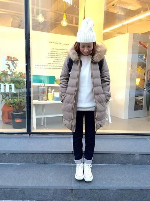 寒い冬に味方!ダウンジャケット!! でも、ダウンジャケットの着こなしってなかなか難しくないですか?カジュアル過ぎる格好になってしまったり、いつも同じ格好になってしまったり・・・ しかし!やっぱり寒い冬は他のコートよりも防寒なダウンジャケットが必須! そんな方に!!ダウンジャケットのコーディネートご紹介します☆