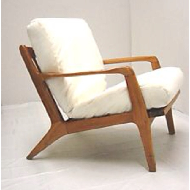 Exceptional Low Lounge Chair In Blonde Wood Frame