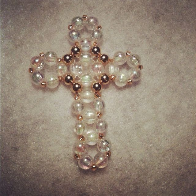 pinterest bead cross | Beaded Cross no pattern, right angle weave ... | Beaded Cross & H...