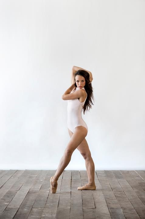 Andrea Olteanu, principal dancer National Ballet of Canada - Photo by Sian Richards - Ballet, балет, Ballett, Bailarina, Ballerina, Балерина, Ballarina, Dancer, Danza, Danse, Танцуйте, Dancing