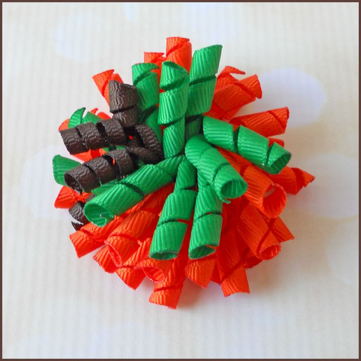 Gather your crafting supplies and join us for some fun on the blog! Pumpkin Mini Korker Bows
