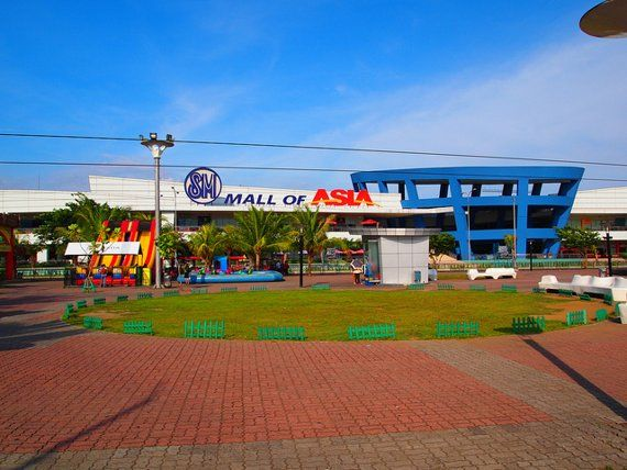SM Mall of Asia, Manila - Gallery: 6 Best Malls in the Philippines