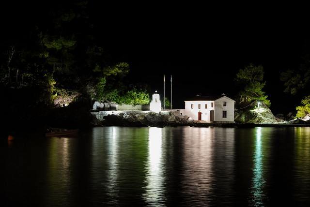 Το Νησάκι της Παναγίας στην Πάργα - Panagia island in Parga #parga