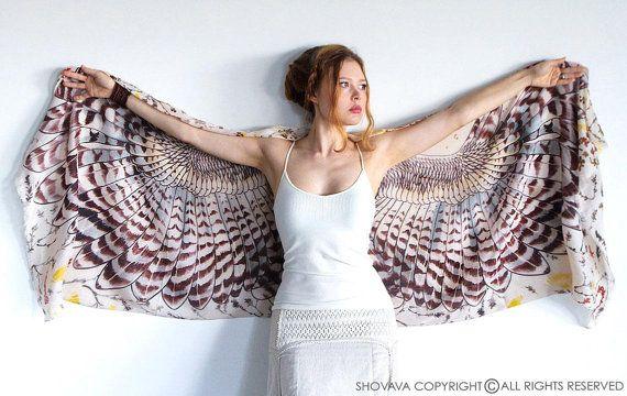 Hoi! Ik heb een geweldige listing gevonden op Etsy https://www.etsy.com/nl/listing/185829188/owl-wings-scarf-bohemian-bird-feathers