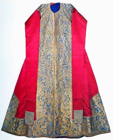 Ceremonial caftan made for Sehzade Mehmed, 2nd quarter of 16th century. Museum Topkapi (Istanbul)
