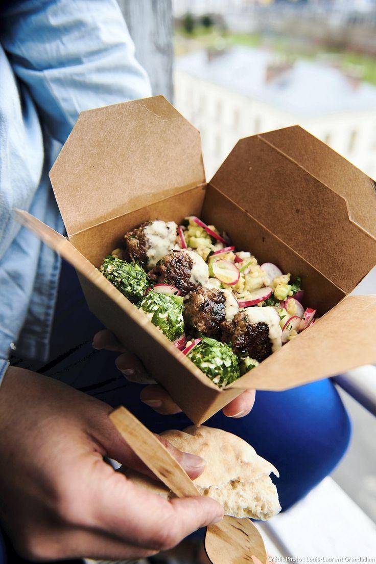 Salade libanaise type fattouch - Quelques ingrédients, un peu d'assaisonnement, le bon geste… Et le tour est joué ! Utilisez des restes (viande, poisson, légumes et fromage), à hacher finement et à assaisonner selon l'envie pour rouler « minute » de super boulettes gourmandes !