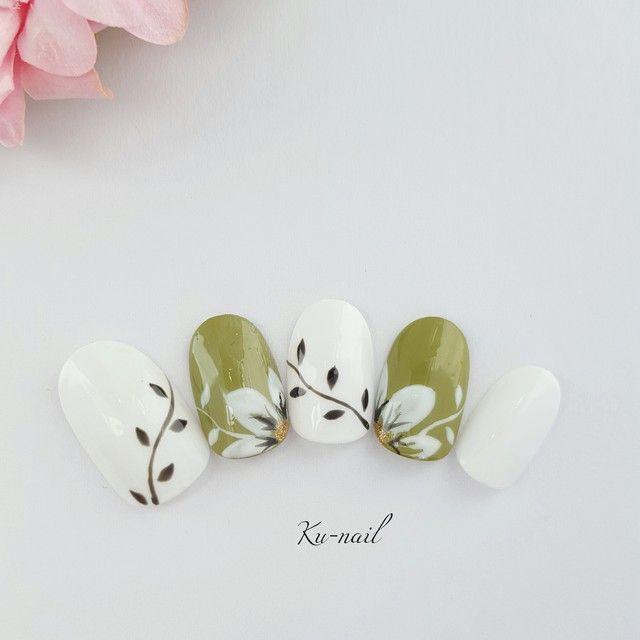 Freshly in Bloom Nail Art