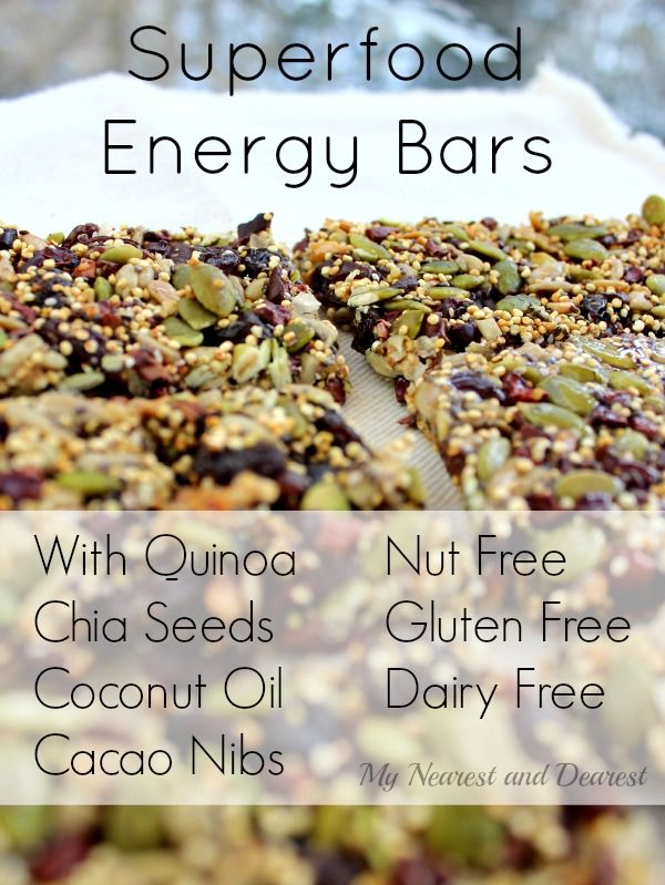 Superfood energy bars with chia seeds, cocao nibs and more nutrient rich ingredients. Way better than store bought energy bars!