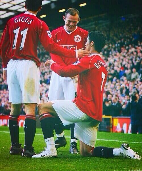 Giggs, Rooney, & Ronaldo back at Man United! Legends! :)