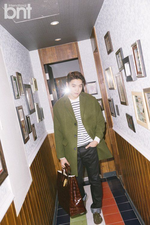 Eddy Kim shows off his good looks in 'International bnt' | http://www.allkpop.com/article/2015/12/eddy-kim-shows-off-his-good-looks-in-international-bnt