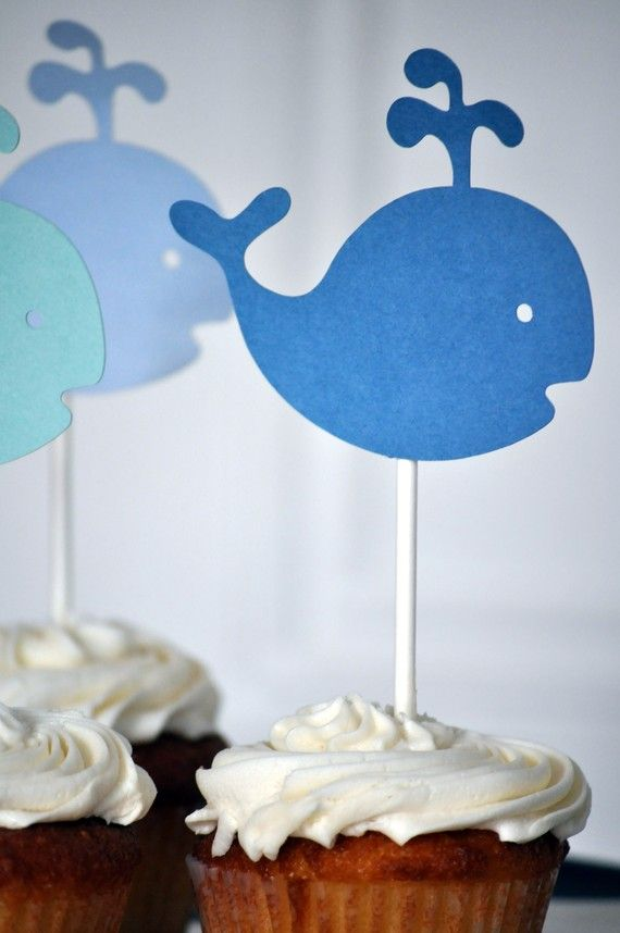 LOVE the whales, too. And, by the way, my cupcakes would be way cuter than these! :-) OMG