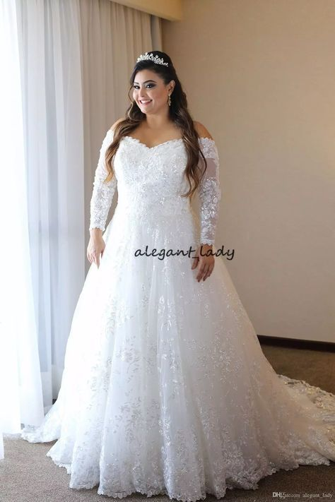 Plus Size Wedding Dresses with Long Sleeve 2018 Modest Luxury Lace Beaded V- neck Corset Lace Up Outdoor Country Garden Bridal Dress Overskirt Evening  Dress ... af9d140b69b9