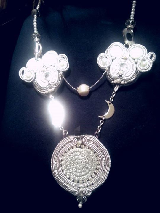 """collana """" Moon Reflections """" https://www.facebook.com/pages/E-lab-jewels/763351660369510?fref=ts"""