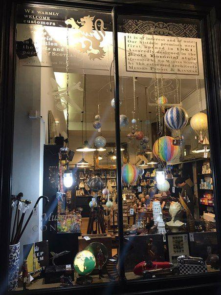 Магазин в стиле ретро. Эдинбург, Шотландия  https://vk.com/mybonniescotland  http://pocketscotland.livejournal.com