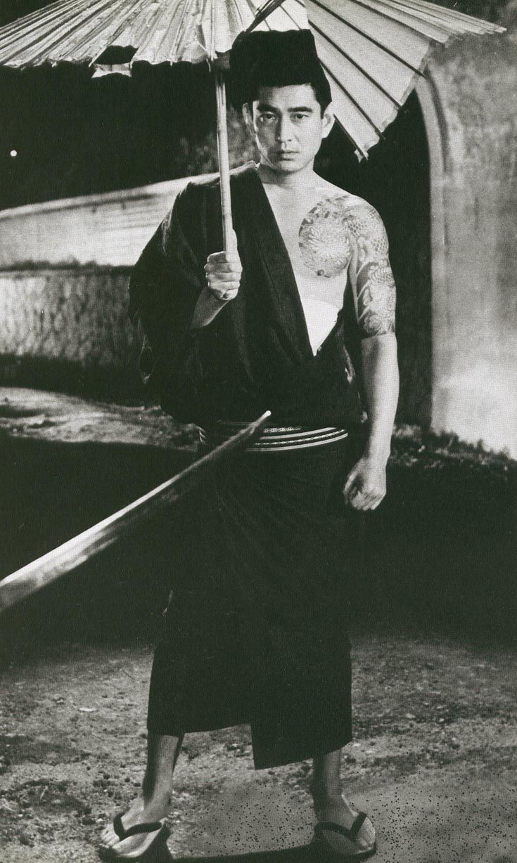 Takakura Ken  One of the Brutal Tales of Chivalry (昭和残侠伝)