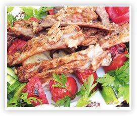 Kuzu Kaburga.. Özel terbiye edilmiş kuzu kaburga eti. mangalda pişirilerek servis yapılır.