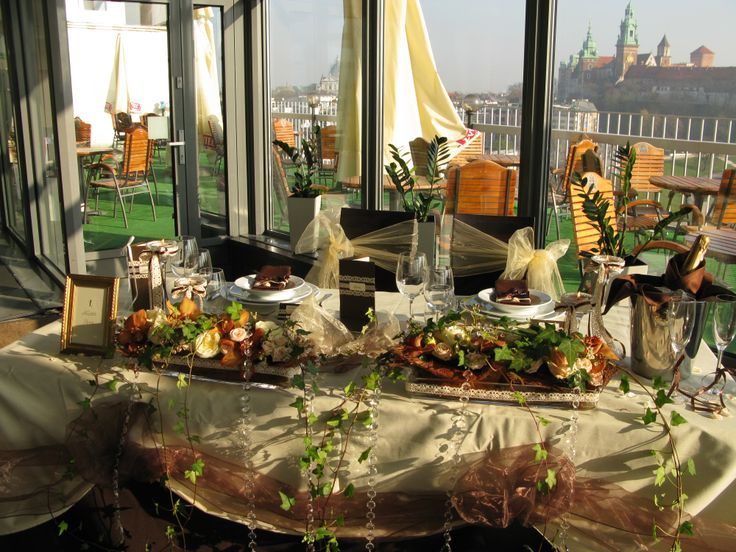 Wedding decoration in VIDOK Restaurant & Cafe - perfect place for your wedding!  http://restauracjavidok.pl/