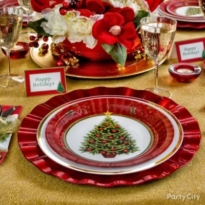 Christmas party ideas tablescapes put on a lavish Christmas party table settings