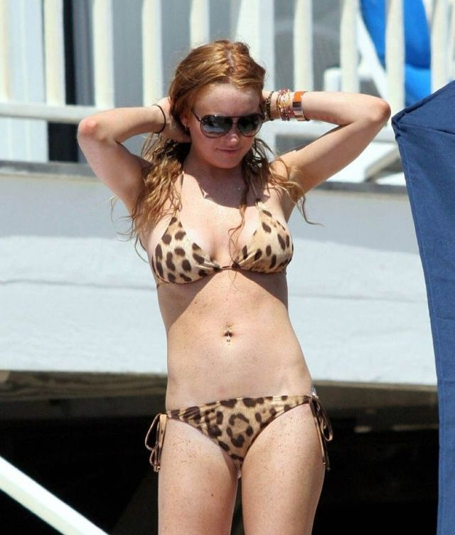 Lohan ass lindsay bikini