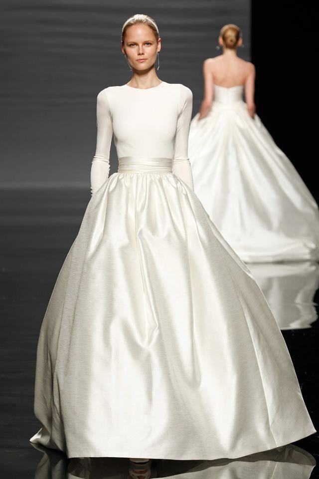 #Boda #vestido #novia #elegante. Elegant wedding. Boda elegante. Chic. Stylish.
