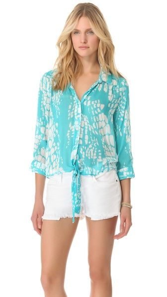 Perfect summertime blouse in my favorite color (Velvet)