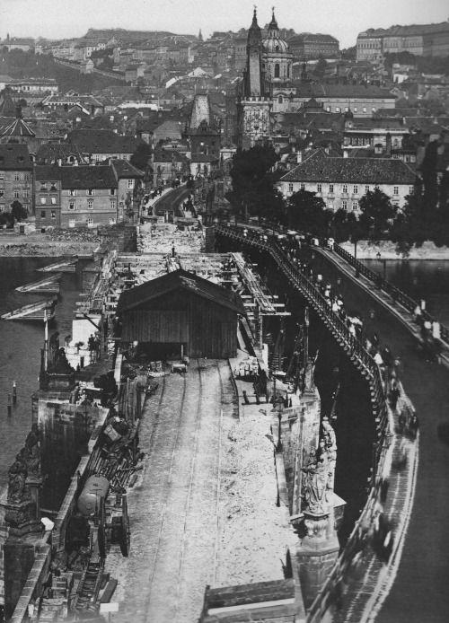 Prague, Repairs of Charles Bridge after great flood in 1890