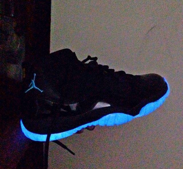 Cheap price Nike Air Jordan 11 Low Speckled Mint Custom